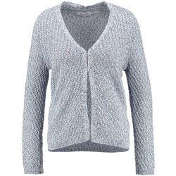 Piękny dzianinowy sweter