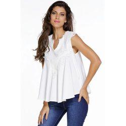 Biała bluzka z gipiurową koronką przy dekolcie   białe bluzki damskie