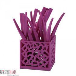 Sztućce z ażurowym stojakiem Vialli Design Mia fuksja 24 elementy