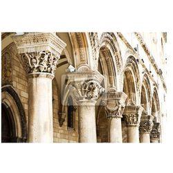 Obraz Gotyckie kamienne filary w Dubrowniku
