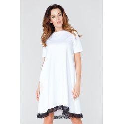 Biała Sukienka w Kształcie Litery