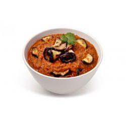 Baigan Bharta - mielony bakłażan z warzywami